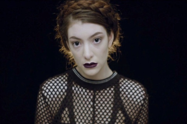 lorde-tennis-court-video